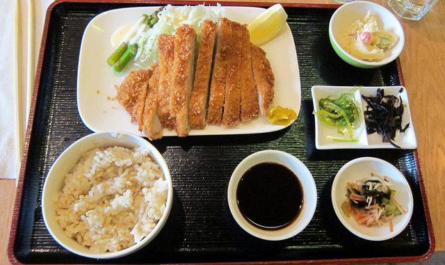 Tanoshi Bento Pork Katsu Set